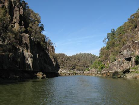 Launceston - Cataract Gorge cliffs