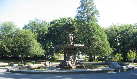 Launceston - Princes square fountain