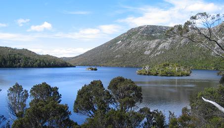Tasmania - Cradle Mountain National Park - Dove Lake from west